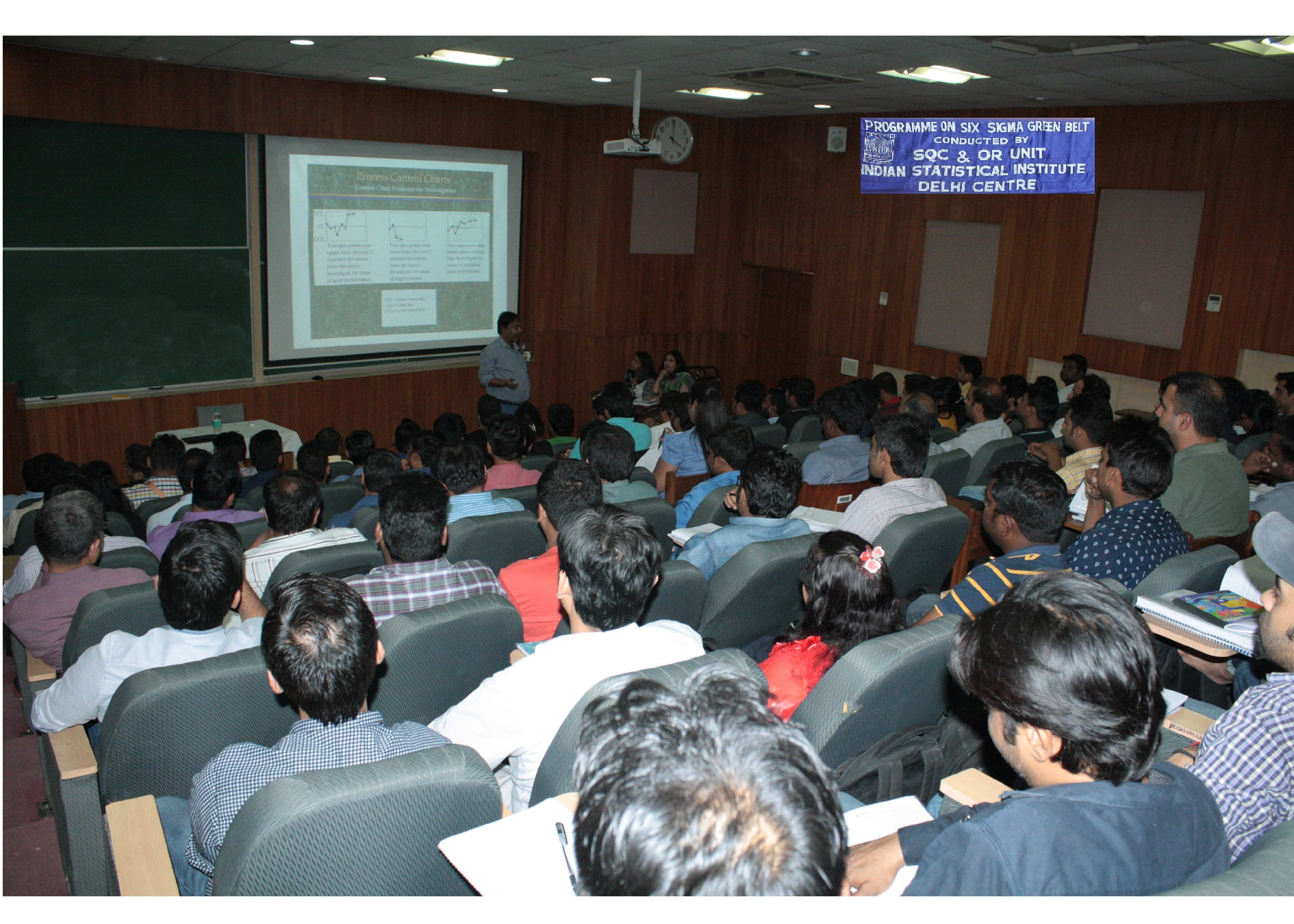 Six sigma green belt indian statistical institute delhi centre photograph1 and photograph2 professor s k neogy indian statistical institute delivering lecture on statistical techniques to participants of six sigma 1betcityfo Image collections